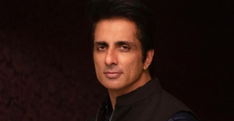 Photo of Sonu Sood honoured by UNDP with special humanitarian action award;