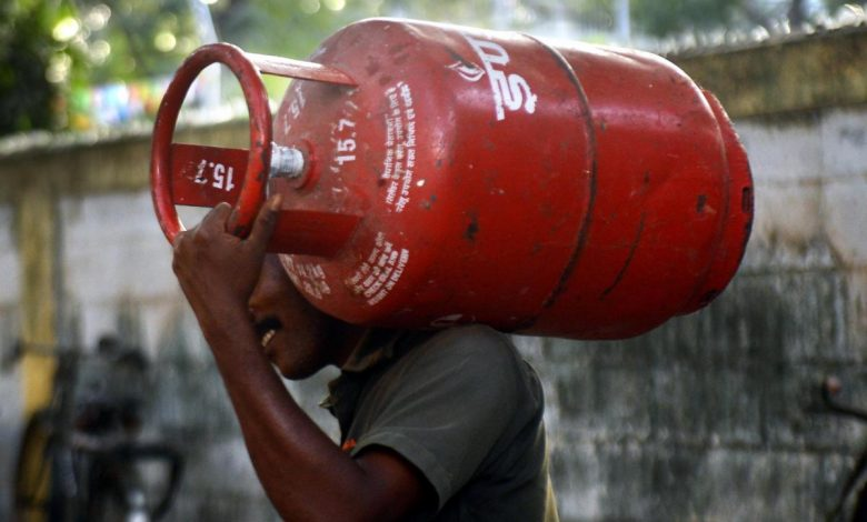 Photo of LPG cylinder rules: OTP needed for home delivery from November 1