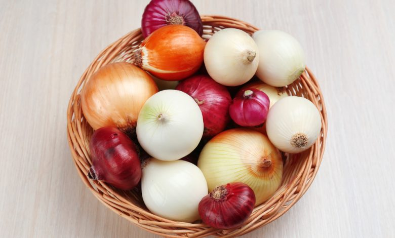 Onions: Health Benefits, Health Risks & Nutrition Facts