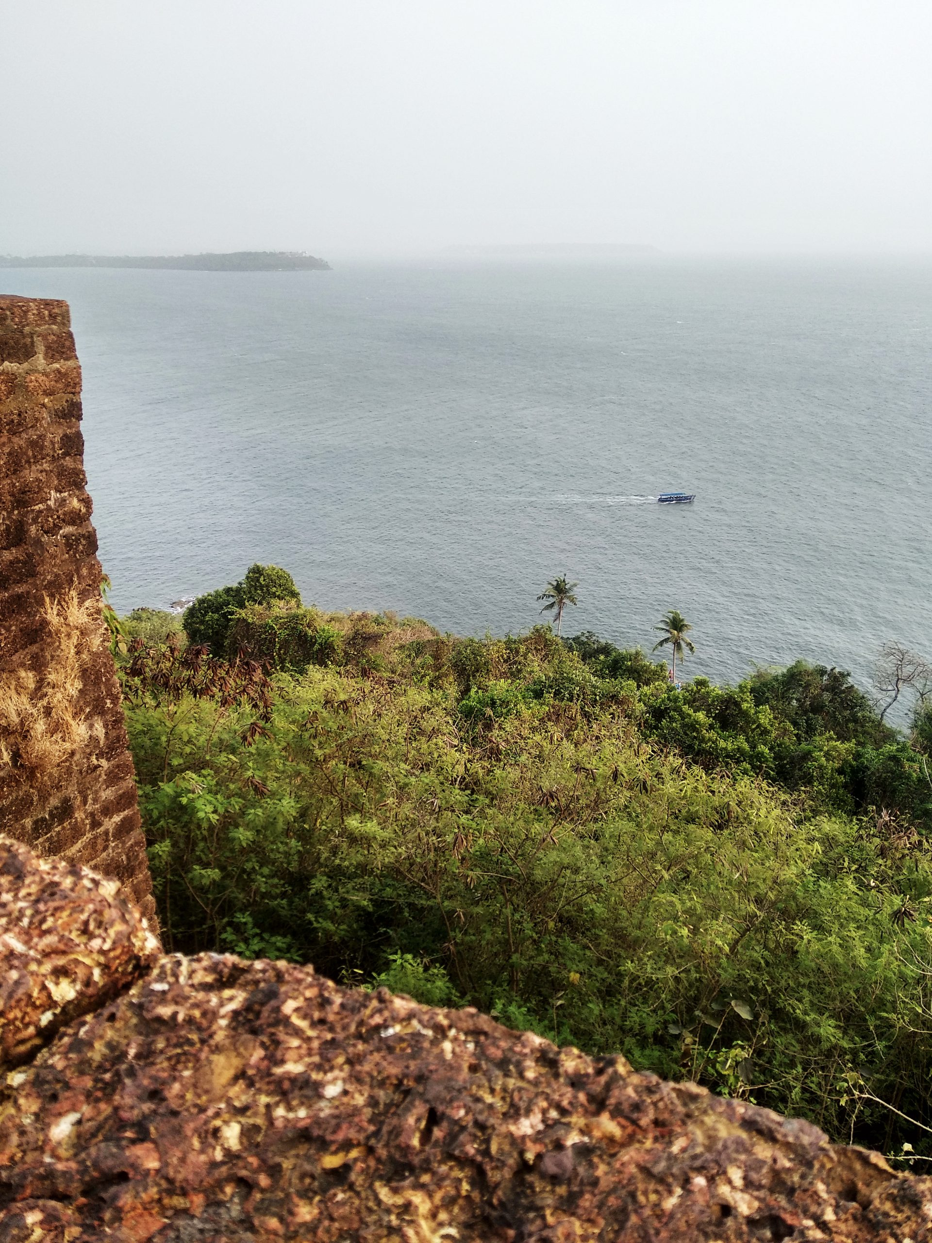 The Majestic Fort Aguada: The most indispensable strategic fort in the open waters of Konkan