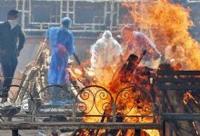 Rising over religion, Muslims perform last rites of Hindu Covid victims in UP
