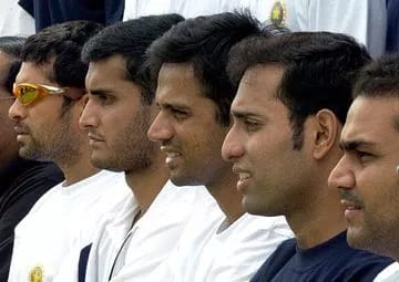 If decorations were to be done,posters ofSachin, Dravidor Ganguly were the first to appear.