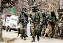 Handwara Police arrests 2 Al-Badr terrorists and 3 aides, recovers arms
