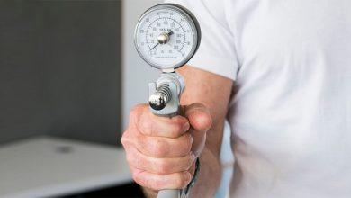 People urged to take 'six-minute walk test' to check health status