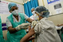 Wait 12-16 weeks to take second Covishield shot, govt panel recommends