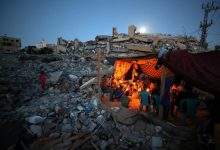 Displaced by Israeli bombs, Gazans camp by rubble of their homes