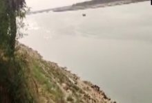 Villagers jump into river in UP's Barabanki to escape Covid vaccination