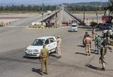 Some states extend lockdowns, others relax curbs as India witnesses drop in Covid cases