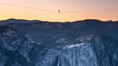 Two brothers set record by crossing large gap in park on a highline in California