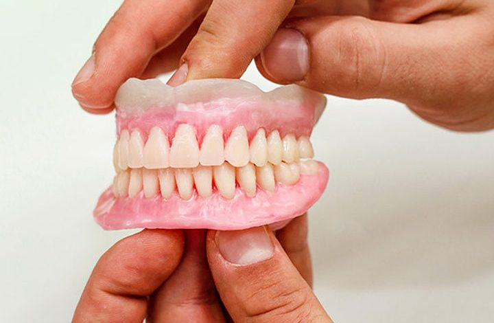 Chennai woman accidentally swallows artificial tooth with water, dies