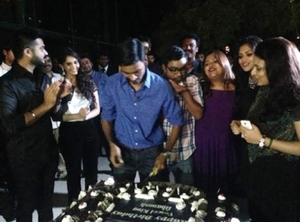 Dhanush celebrated his birthday with his fan
