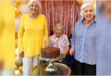 3 friends celebrate their 100th birthday after taking Covid-19 vaccines. Heartwarming story