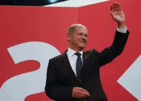 German elections: SPD registers narrow victory over CDU-CSU alliance; coalition likely