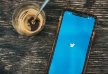 Twitter announced that it is testing a new feature on the web that would let users remove followers without blocking them.
