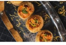 Pic of Butter Chicken Golgappa goes viral. Twitter reacts