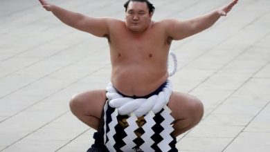 Japan's top-ranked Sumo wrestler Hakuho intends to retire due to injury struggles
